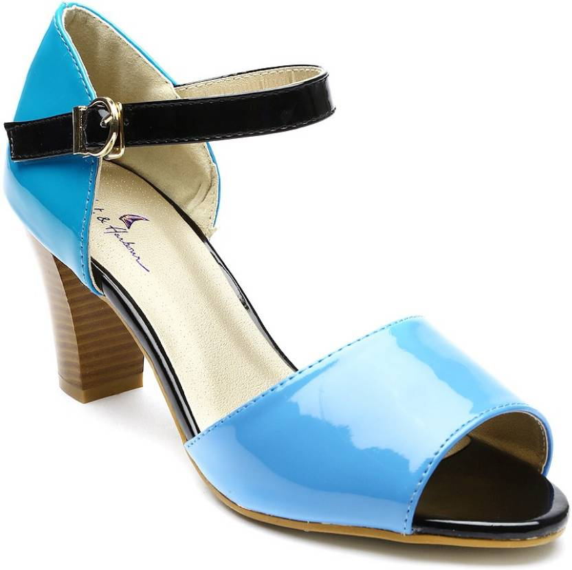 Flipkart - Mast and Harbour Women Heels Upto 70% Discount